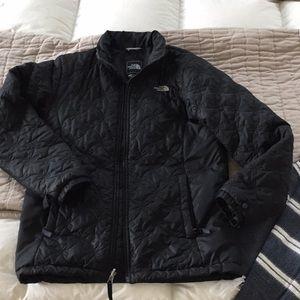 Jackets & Blazers - Black North Face light puffer coat